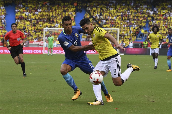 Falcao strikes as Colombia snatch Brazil draw