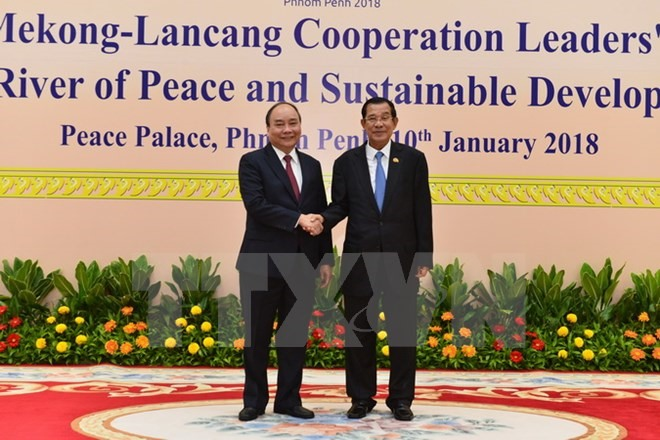 PM leaves Hà Nội for Mekong-Lancang Co-operation Summit