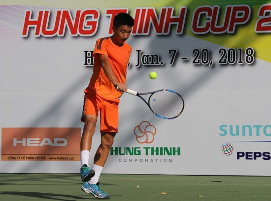 Uy advances to U14 class final match