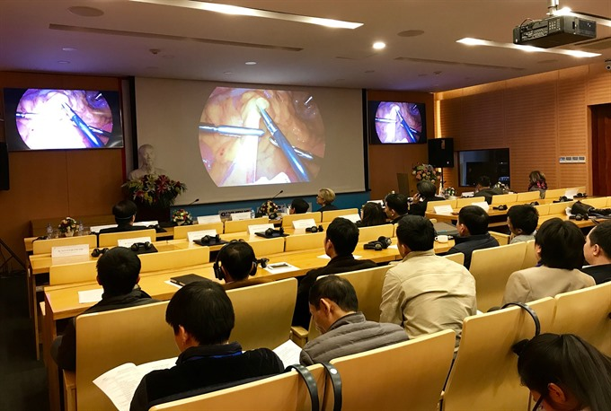 Experts share experience at first colorectal cancer symposium