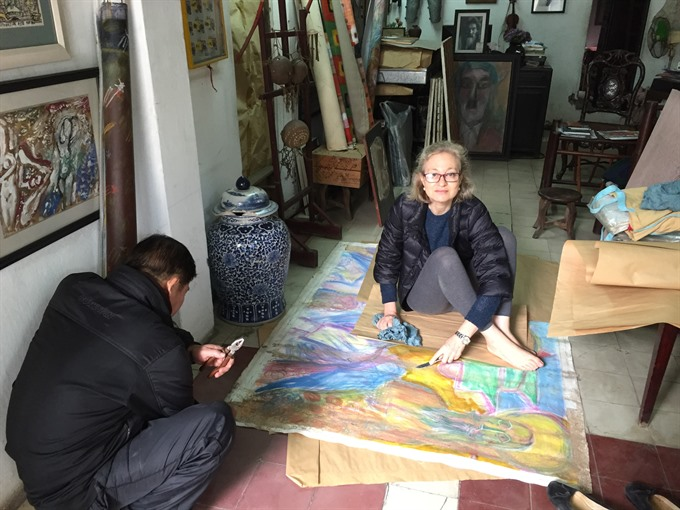 Art curator promotes Vietnamese art to the world