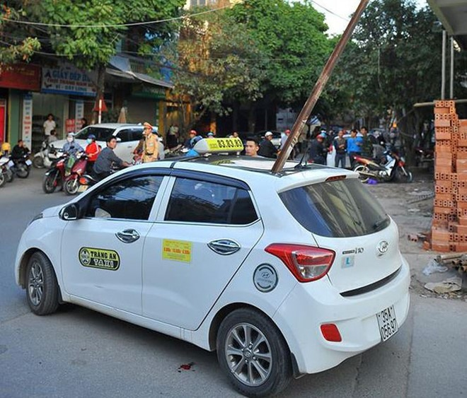 Police start investigation into death of taxi passenger