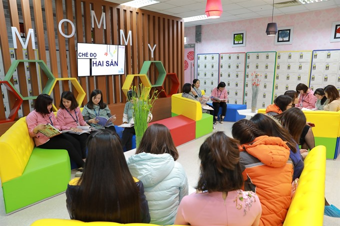 Samsung VN launches first 'mommy room in country