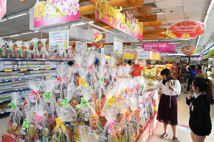 Market for Tết gift hampers booms in HCM City