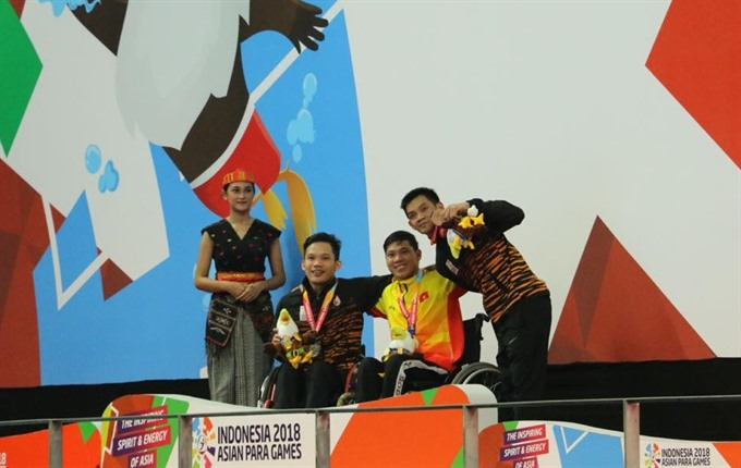 Tùng breaks record at Asian Para Games