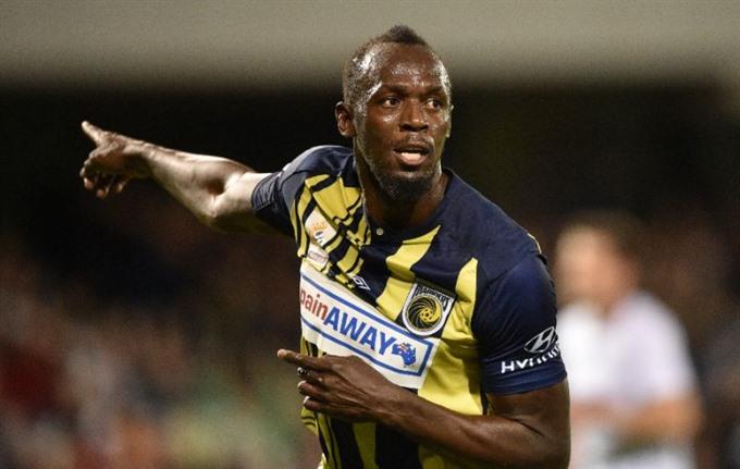 Sprint king Bolt rejects Malta football offer