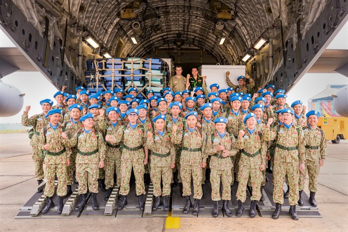 Australian military aircraft carries Vietnamese peacekeepers to South Sudan