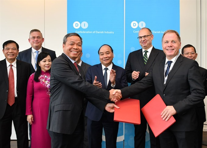 PM witnesses strategic agreement between Vietnamese and Danish enterprises