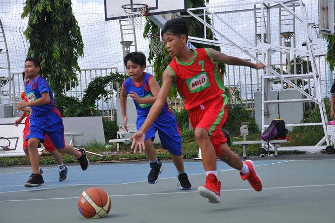 170 HCM City schools compete in Milo basketball tournament