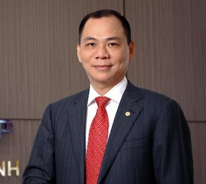 Billionaire Vượng moves up in Forbes ranking