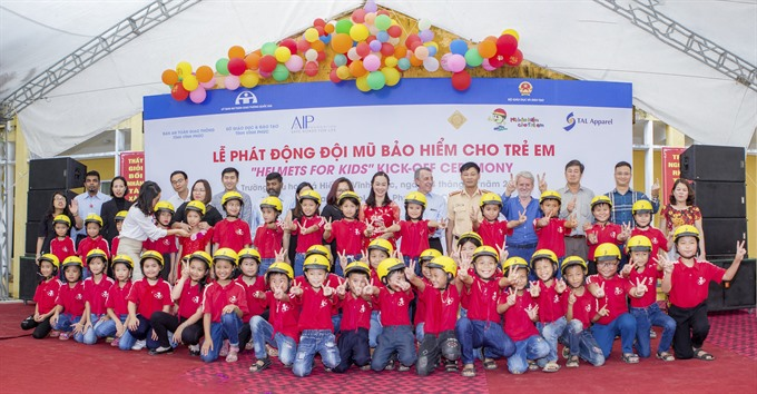 Vĩnh Phúc Province gets Helmets for Kids programme