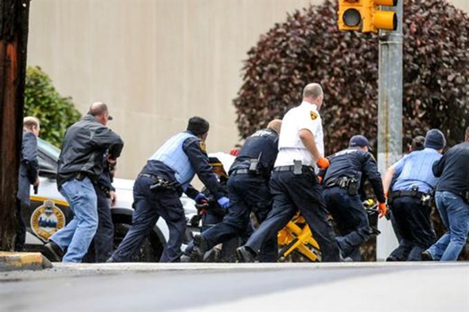 GUNMAN ATTACKS PITTSBURGH SYNAGOGUE KILLING 11 PEOPLE