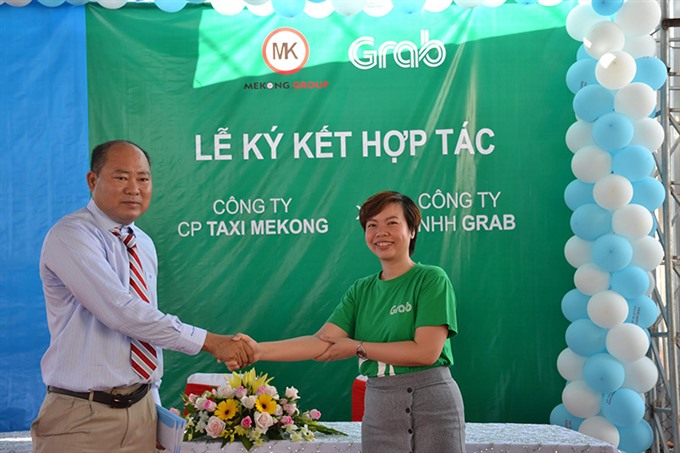 Grab and Taxi Mekong promote GrabTaxi in Bạc Liêu