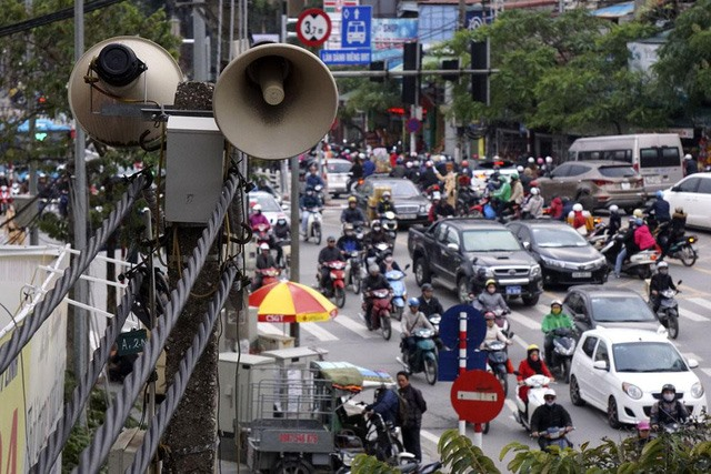 Hanoians want to remove old public loudspeakers