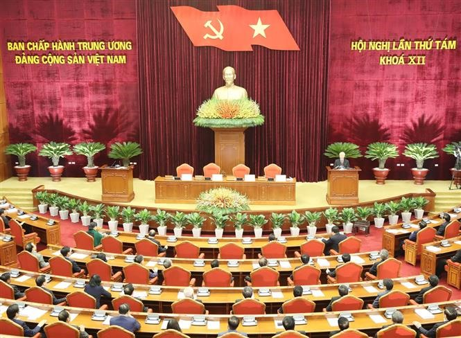 Party Central Committees 8th plenum concludes