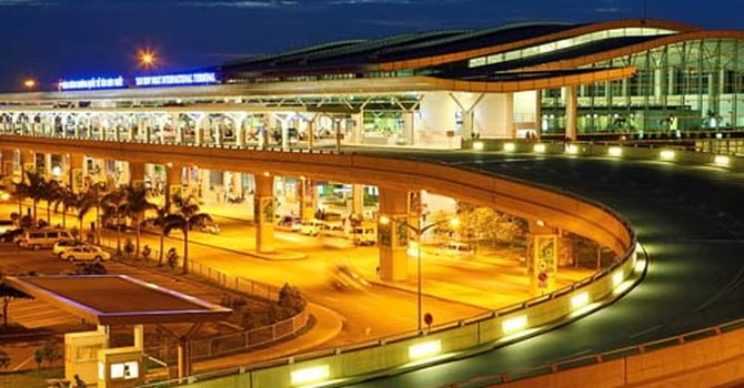 Anti-flooding works to be built first in Tân Sơn Nhất airport expansion