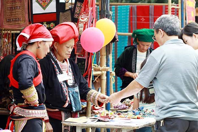 Ethnic people to sell products at Craft Links Handicraft Bazaar