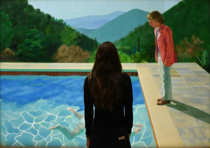 Hockney sells for 90mn sets living artist record