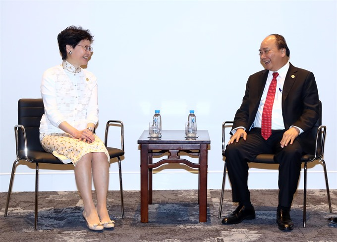 PM Phúc meets with New Zealand Hong Kong leaders on APEC sidelines
