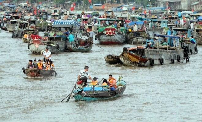 VNs floating markets among Southeast Asias most photogenic: UK newspaper