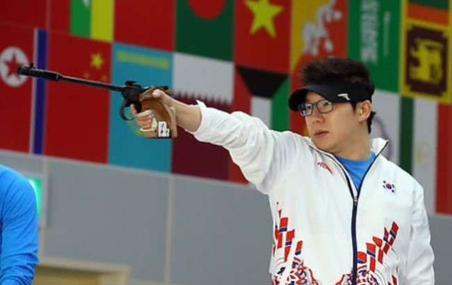 Four-time Olympic champion Jin Jong-oh to come to VN