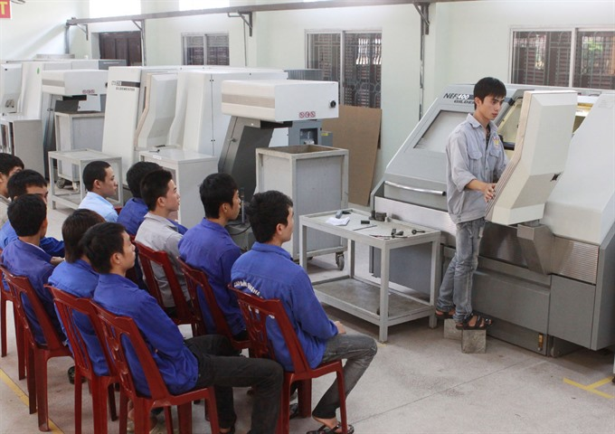 Việt Nam needs to improve training of highly skilled workers