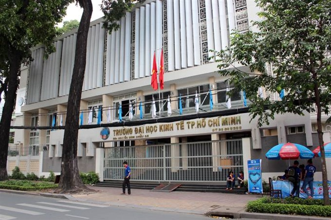 First Vietnamese university pays fees for postgraduate students