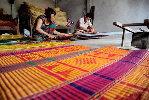 Ethnic Khmer handicraft villages expand in Trà Vinh