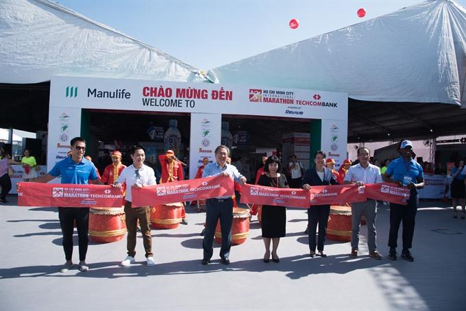 VNs biggest marathon event kicks offs in HCM City