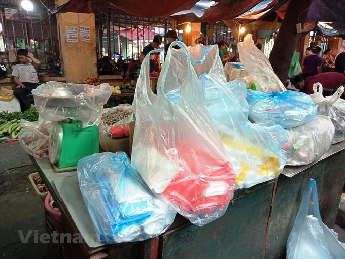 Hà Nội strives to reduce plastic use