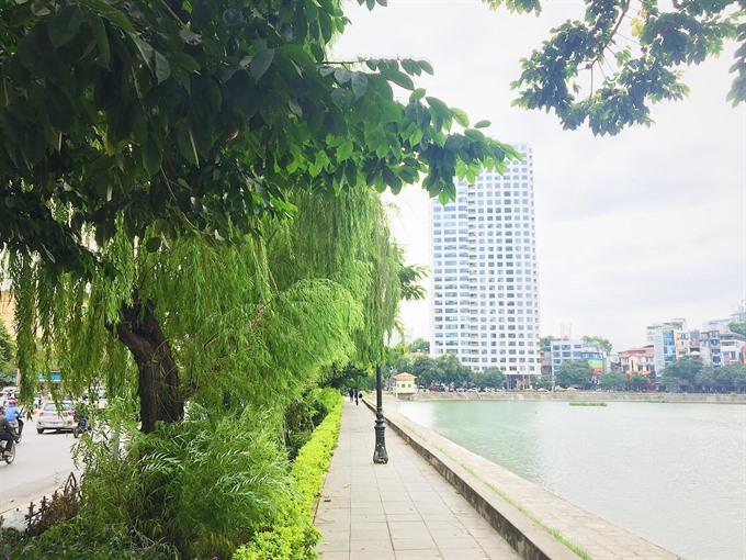 Hà Nội gets that little bit greener thanks to new trees