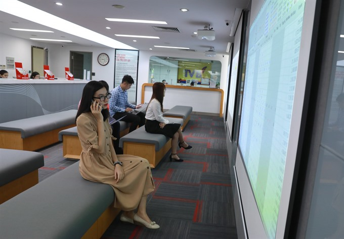 Wall St rally fails to help VN shares