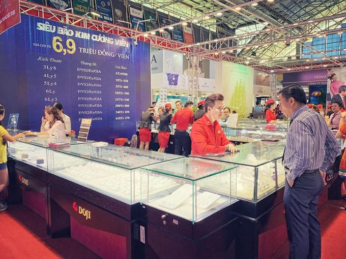 International jewellery fair opens in HCM City