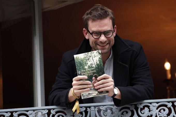 Bleak teenage tale wins Frances top book prize