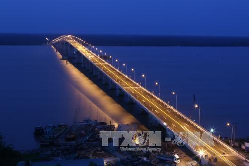Transport minister urges Mekong Delta to make infrastructure cohesive