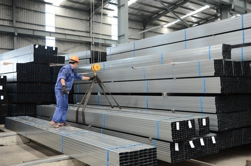 Chinese steel prices falling affects Hòa Phát shares