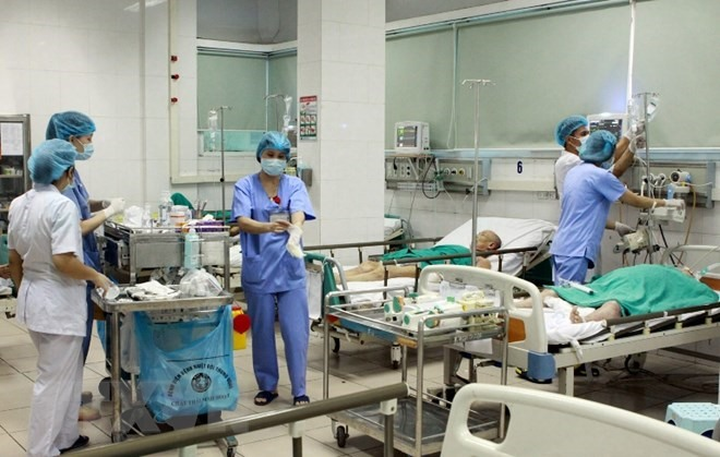 Việt Nam US boost co-operation to prevent infections