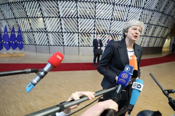 EU leaders rebuff Mays plea over Brexit deal