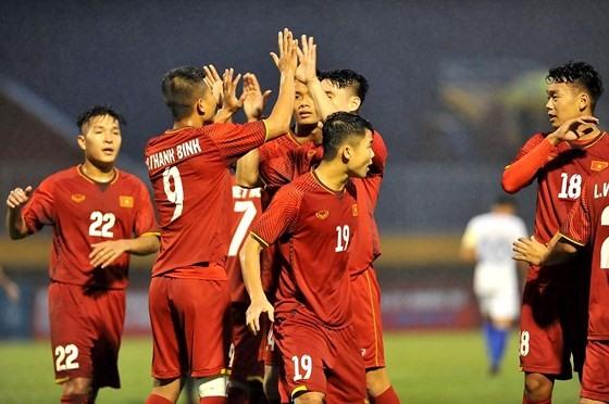 Việt Nam face Myanmar in U21 football final