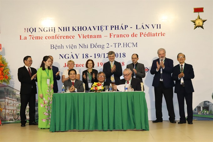 VN France take part in joint training of pediatricians
