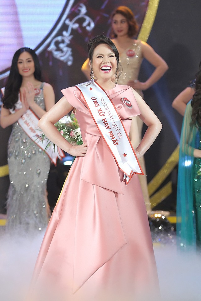 49-year-old wins Mrs VN title