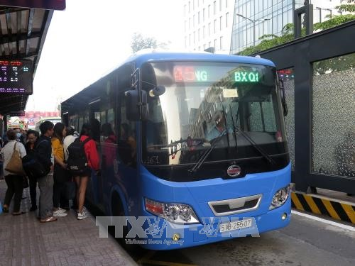 HCM City to operate more public buses to meet New Year rush