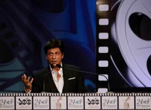Hero or Zero? Bollywoods Khan eyes hit as dwarf