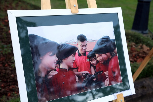 Photo exhibition honours television producers