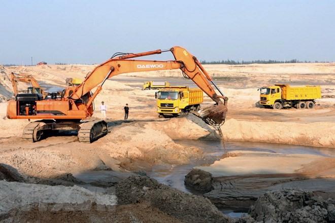 Hà Tĩnh asks to close Thạch Khê iron mine