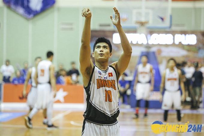 Basketballer Thịnh retires