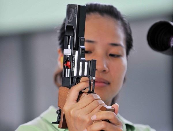 Vân shots a record at National Games