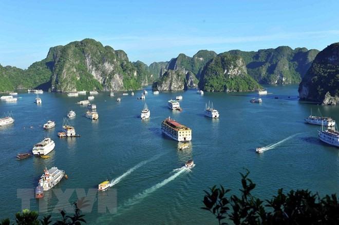 VN Laos and Thailand discuss regional tourism development