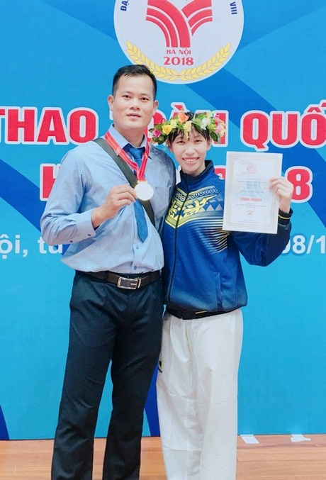 More gold for Vĩnh Long in taekwondo at Games