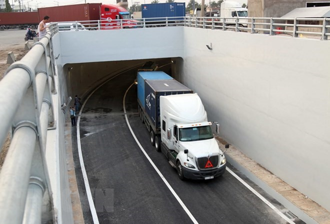 Cát Lái Port tunnel in HCM City opens to traffic